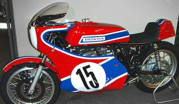 Honda-CB750-Daytona-70-ok